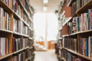 מדפים לספרים